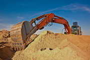 Песок навалом и в мешках